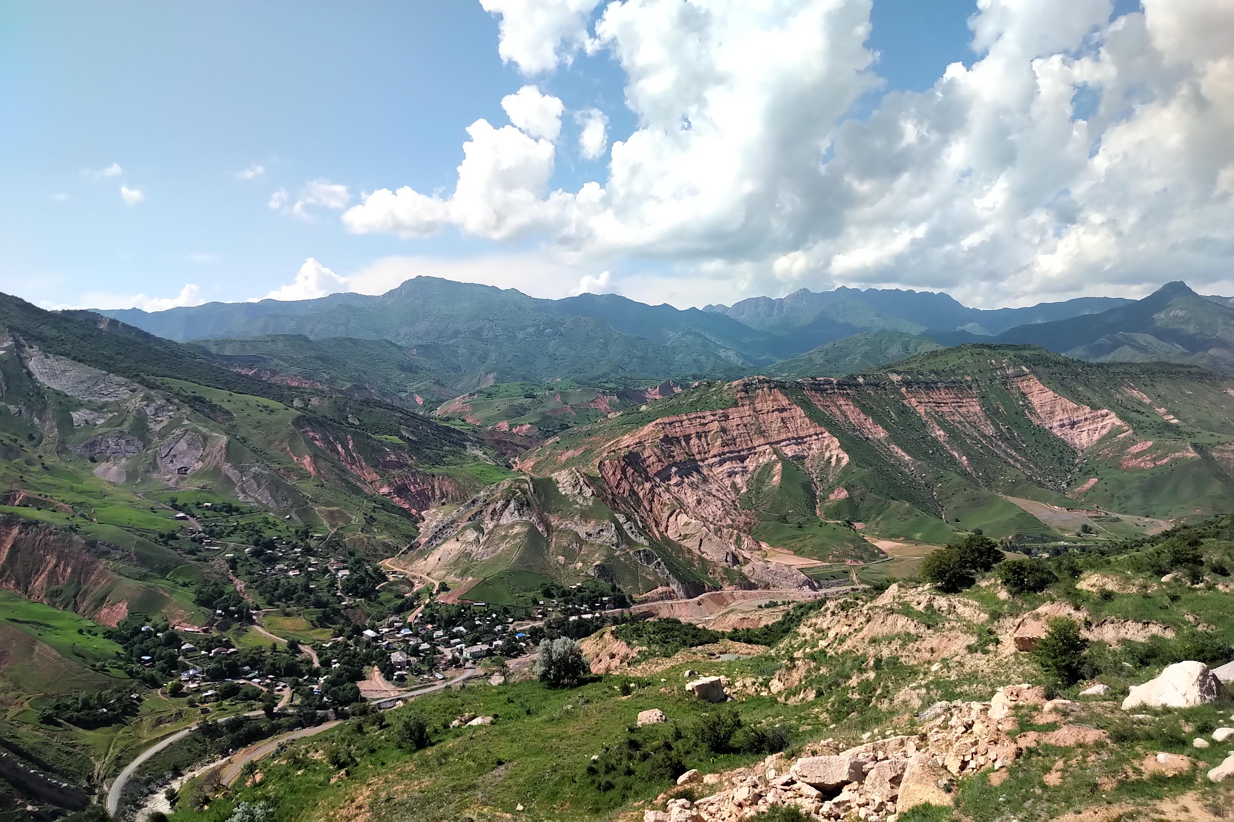 Ehemaliger Uranbergbaustandort Mailuu-Suu (Kirgistan). © IAF-Radioökologie GmbH